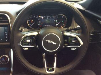 Jaguar XE 2.0 D200 R-Dynamic Black image 9 thumbnail